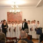 Драгана Јовановић, диригент и Владимир Андрић, баритон са Академским хором Collegium musicum