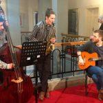 Акустични џез трио, студенти ФМУ